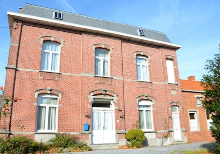 Immobiliere Nicola Saldi Leval Trahegnies Maison De Maitre Maison De Maitre Posee Sur Joli Petit Parc Arbore De Plus De 45 Ares